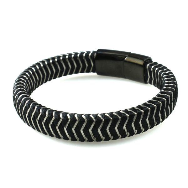 Черный браслет со стальными вплетениями