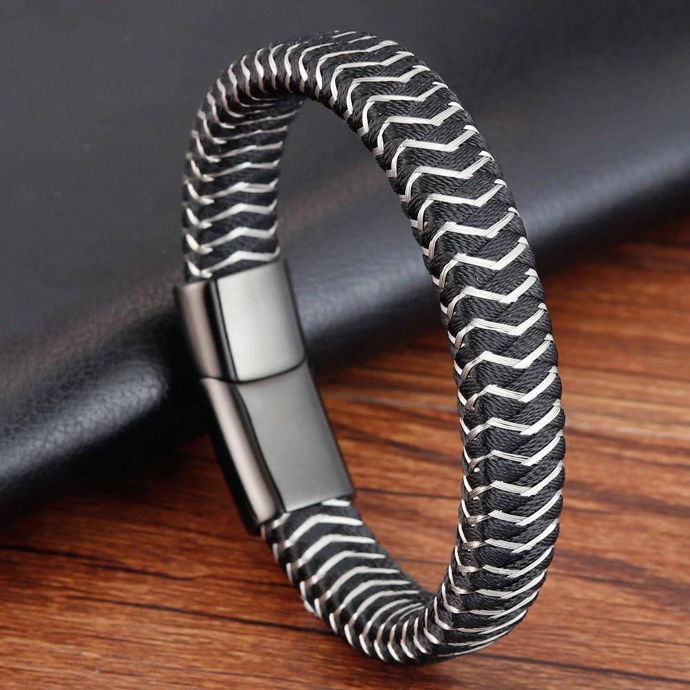 Модный мужской браслет