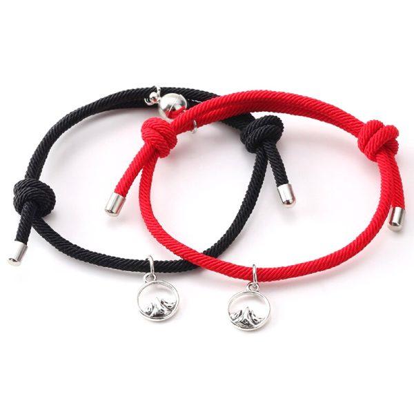 Чёрный и красный браслет с магнитами для влюбленных