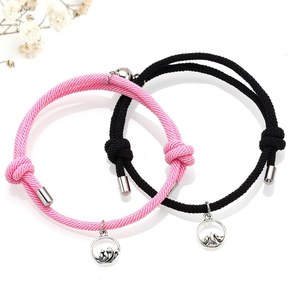 Парные браслеты для влюбленных розового и черного цветов