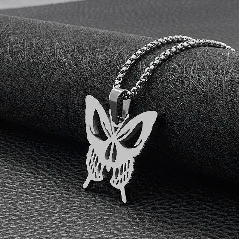 Кулон бабочка смерти
