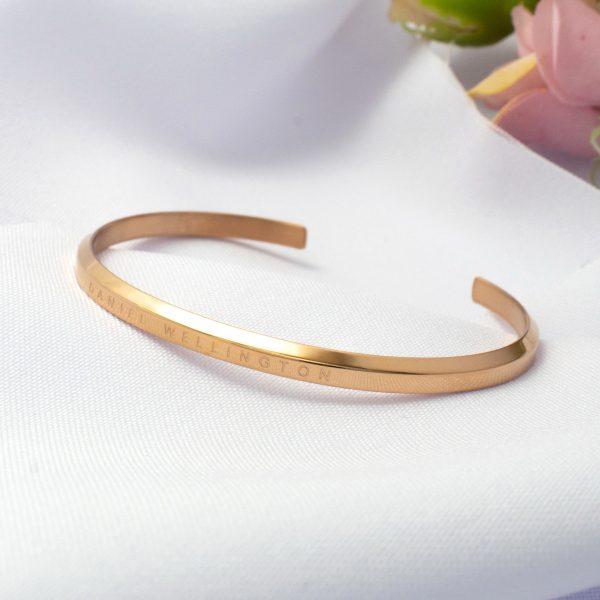 Стальной женский браслет